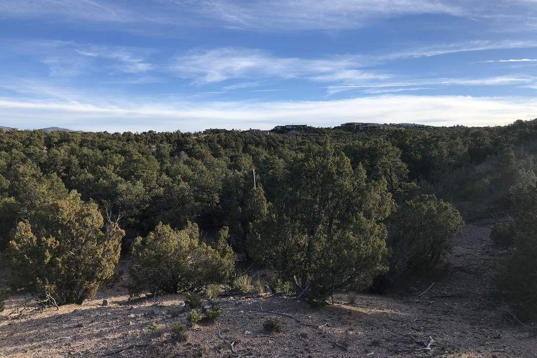 3037 Monte Sereno Dr. Santa Fe, NM 87506