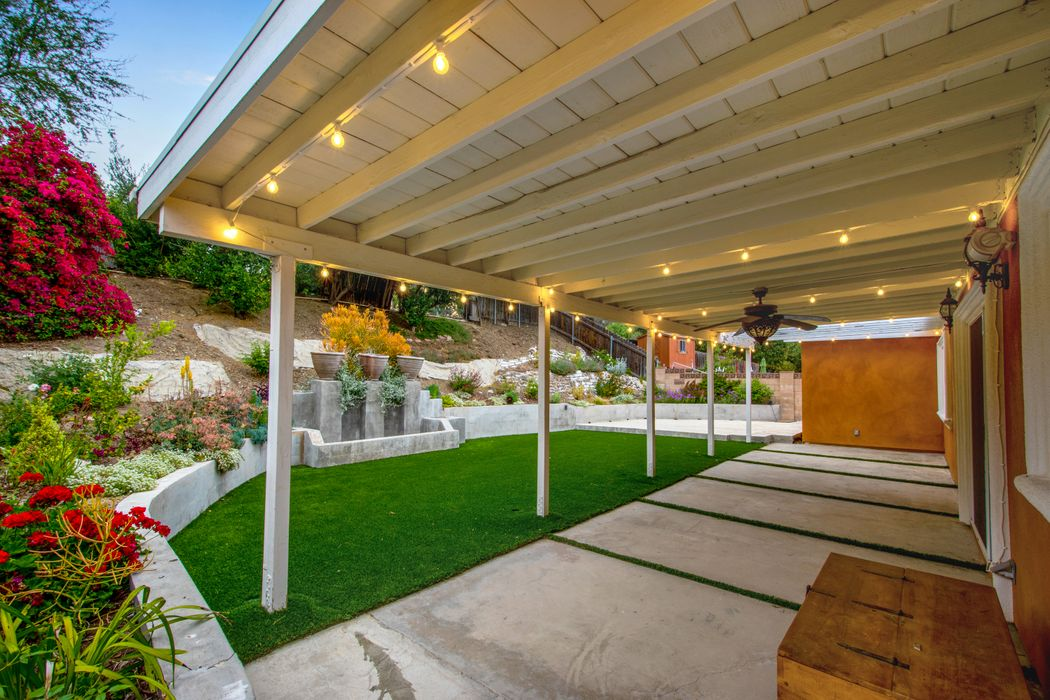 24101 Highlander Road West Hills, CA 91307