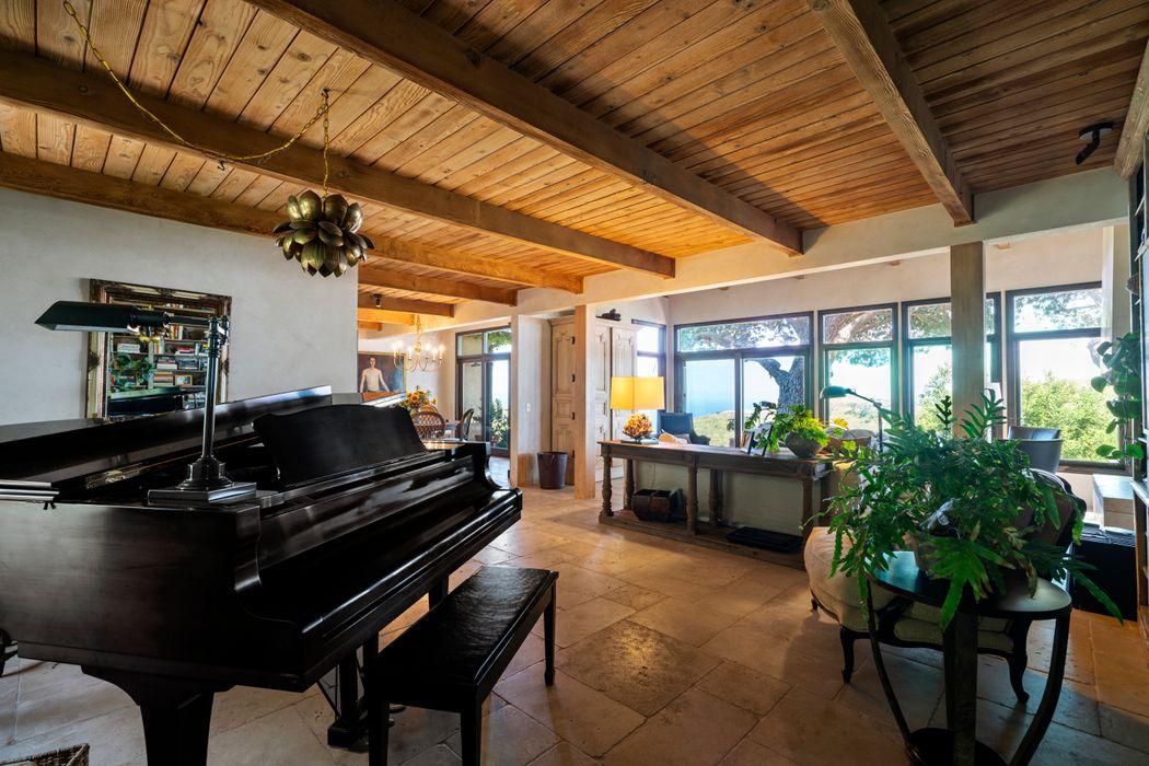 5445 Latigo Canyon Rd Malibu, CA 90265