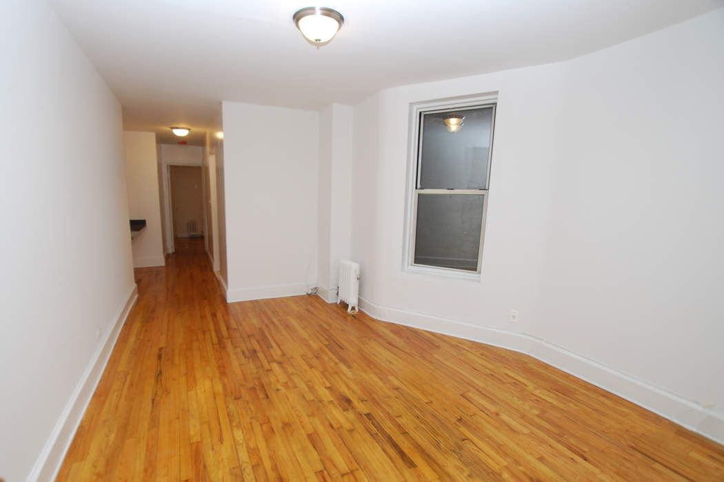 230 West 82nd Street, Apt A2