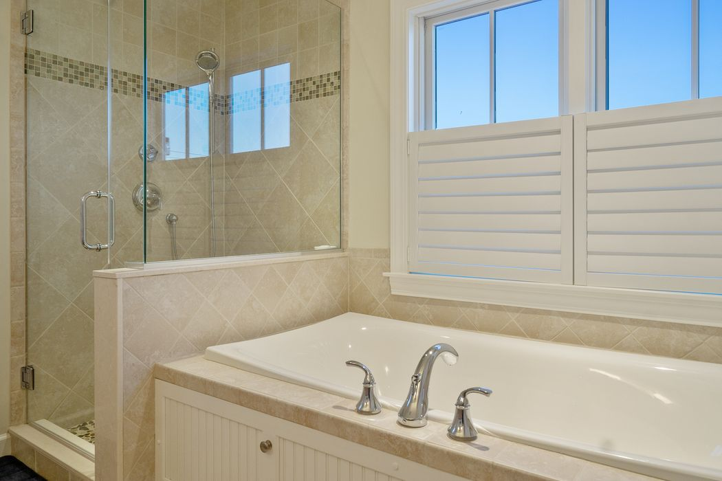 1 Quinapoxet Ave Falmouth, MA 02540