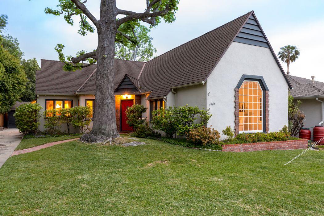 1924 Craig Avenue Altadena, CA 91001