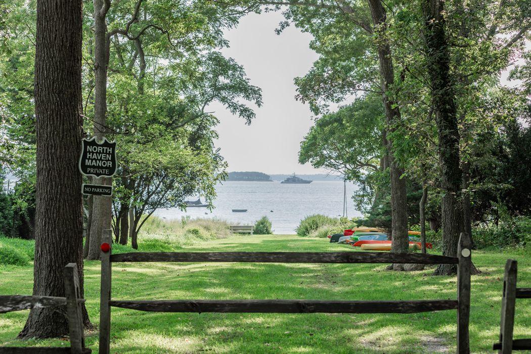 20 Mashomuck Drive Sag Harbor, NY 11963