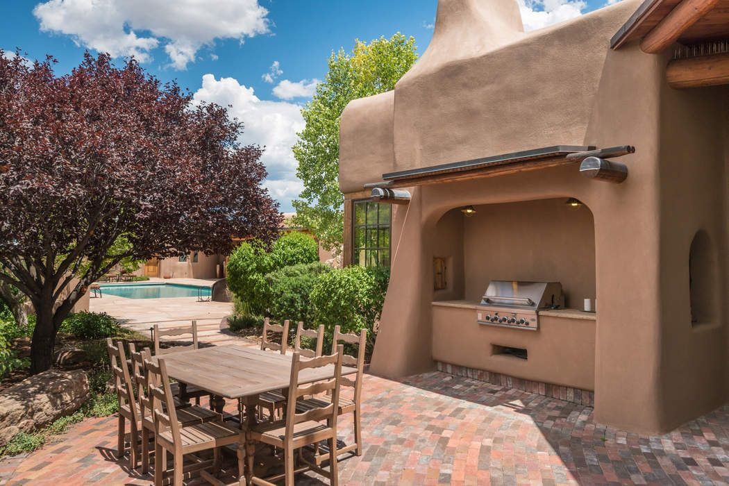 14 Painted Horse Santa Fe, NM 87506