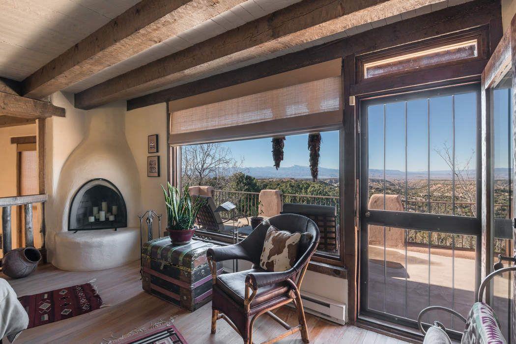 7 Vista Redonda Road Santa Fe, NM 87506