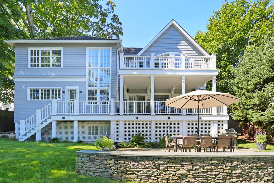 207 Valley Road Cos Cob, CT 06807