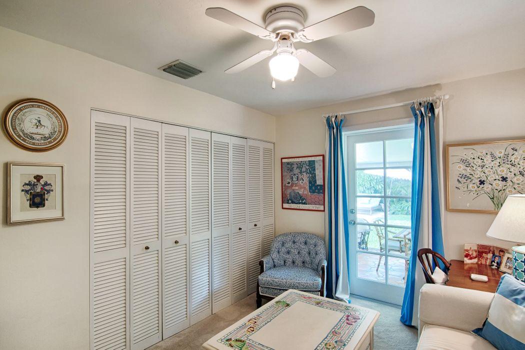 8004 S Flagler Dr West Palm Beach, FL 33405