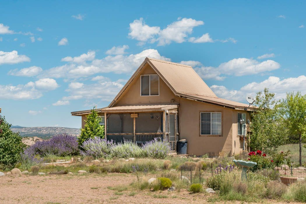 53 Big Fork Dr Abiquiu, NM 87510