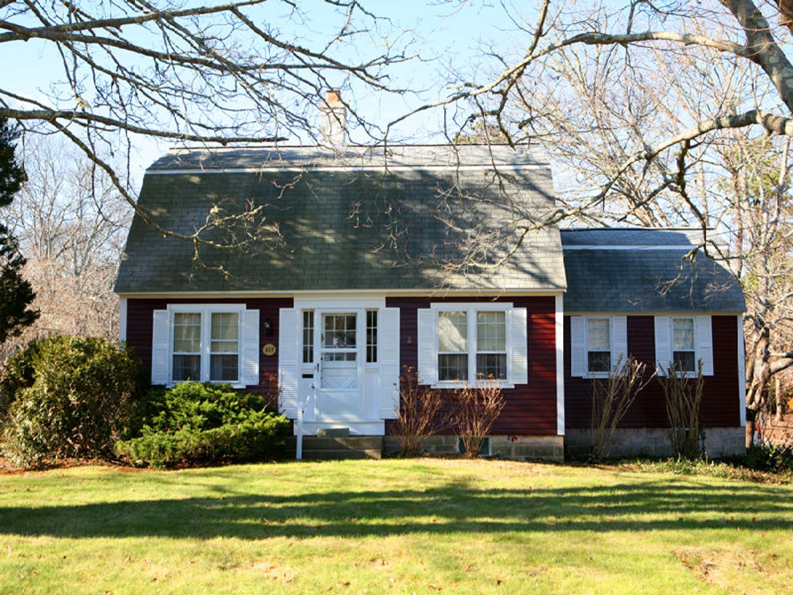 Village Dutch Colonial Osterville Ma Single Family Home