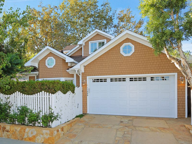 Recently Remodeled in Brentwood Glen