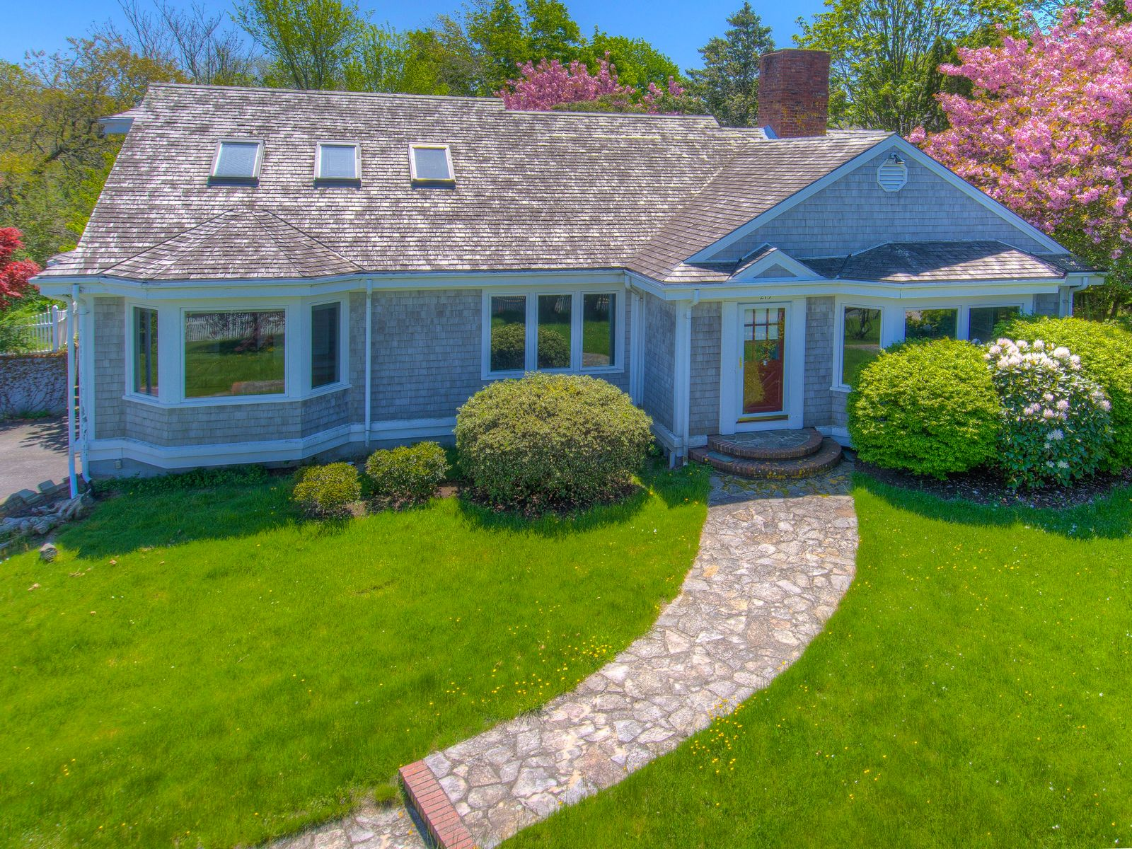 Chatham Cape Cod Retreat, Chatham MA Single Family Home - Cape Cod Real Estate