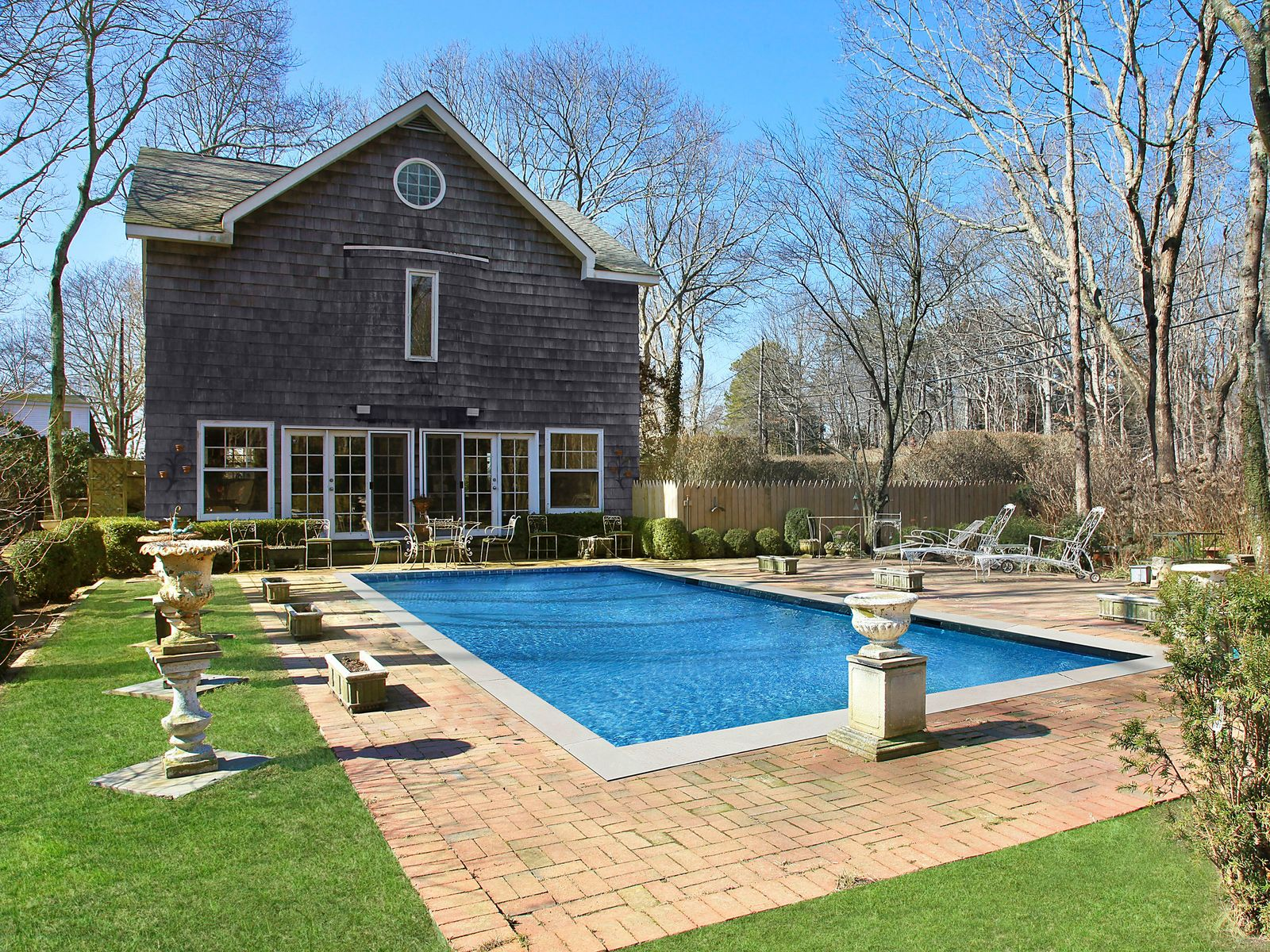 Charming Traditional, Desirable Location, Wainscott NY Single Family Home - Hamptons Real Estate