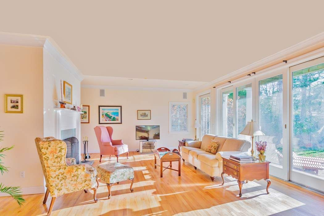 15 Woodpink Drive East Hampton Ny 11937 Sotheby 39 S International Realty Inc