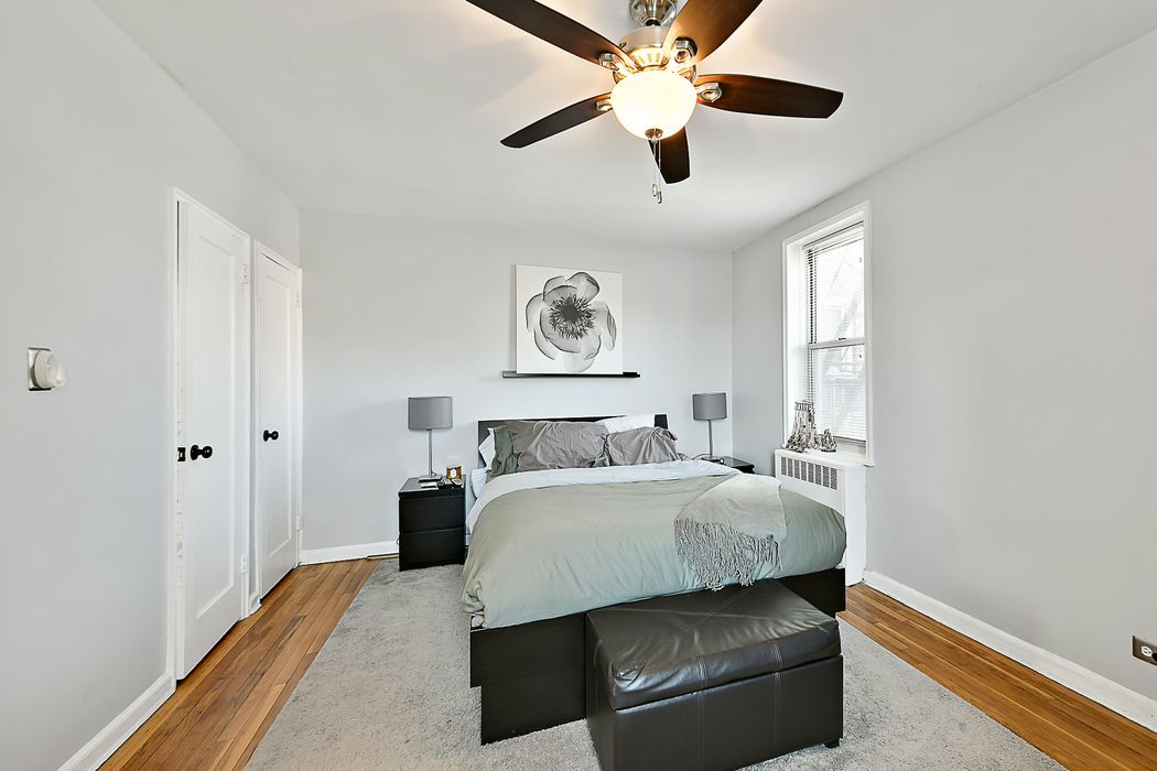 5645 Netherland Avenue Riverdale, NY 10471