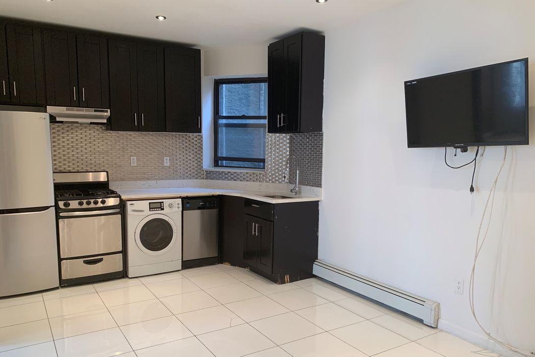 123 West 106th Street New York, NY 10025
