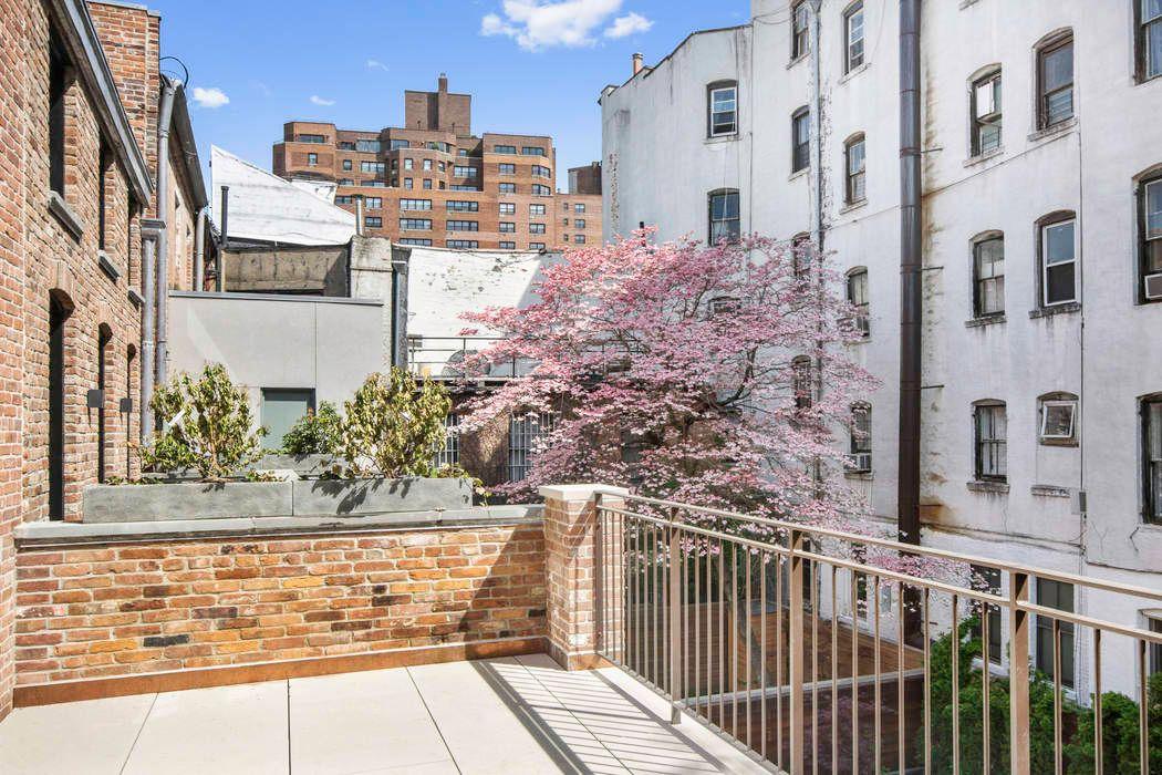 311 West 4th Street New York, NY 10014