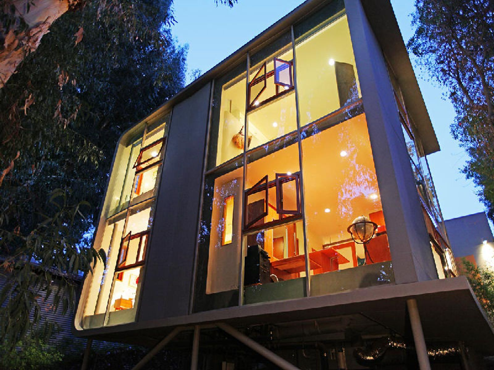 Award Winning Architect Lorcan O'Herlihy