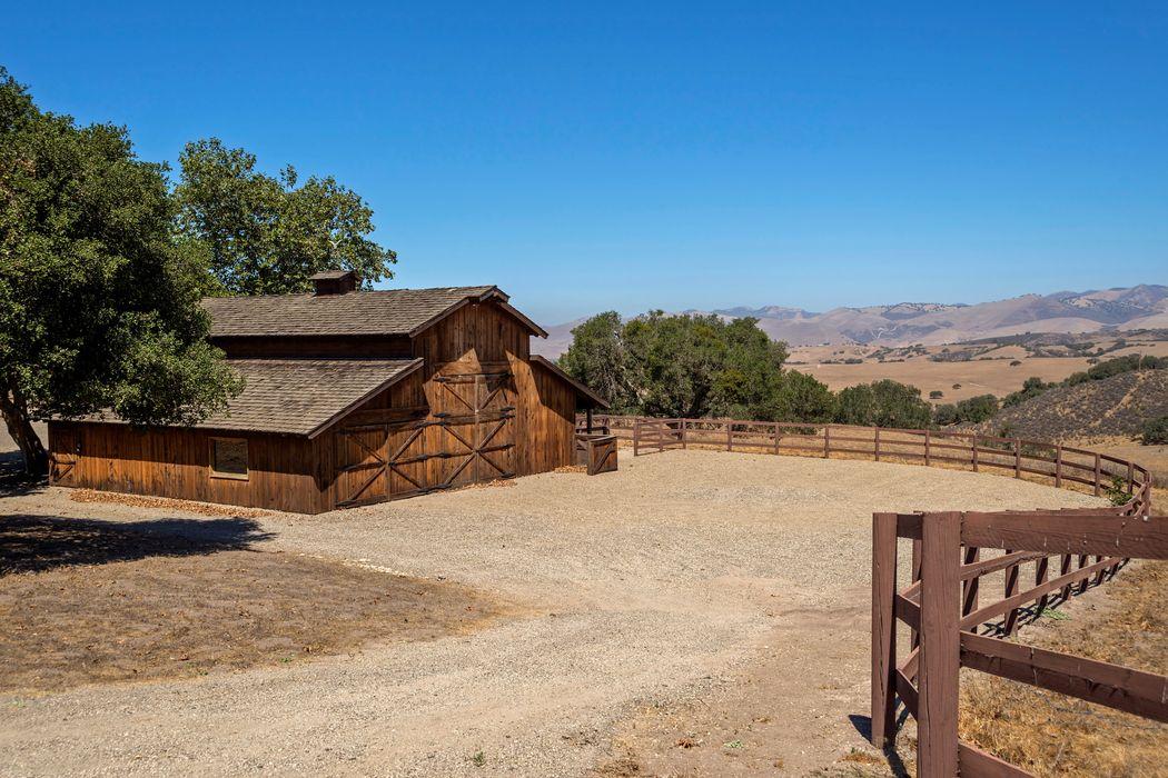 8251 Foxen Canyon Road Los Alamos, CA 93440