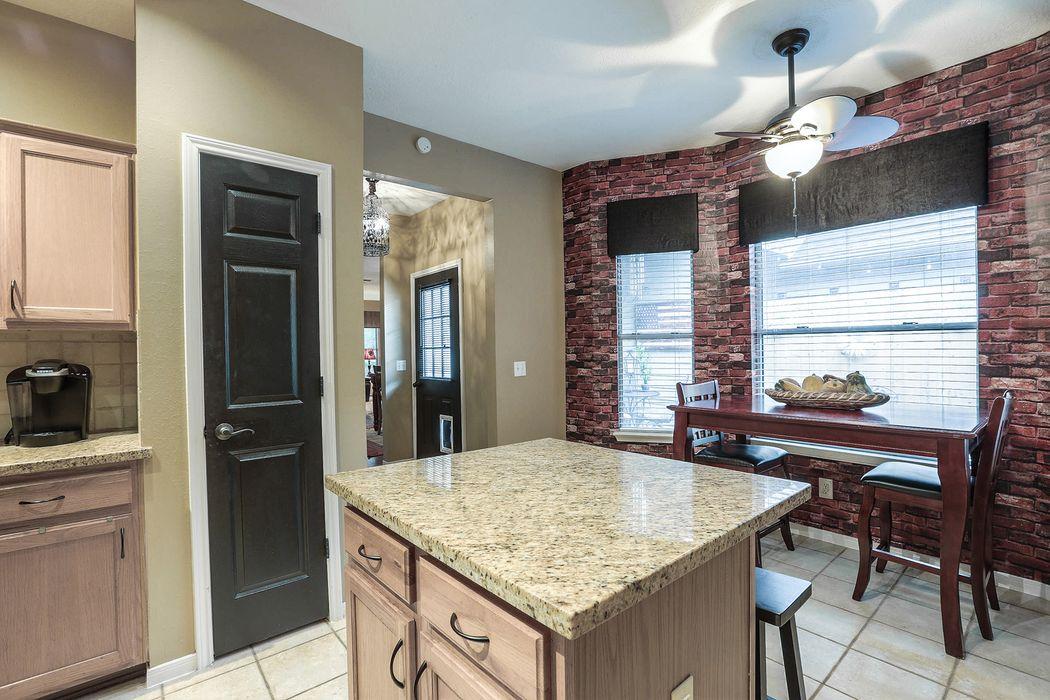 2018 Lakeside Drive Seabrook, TX 77586