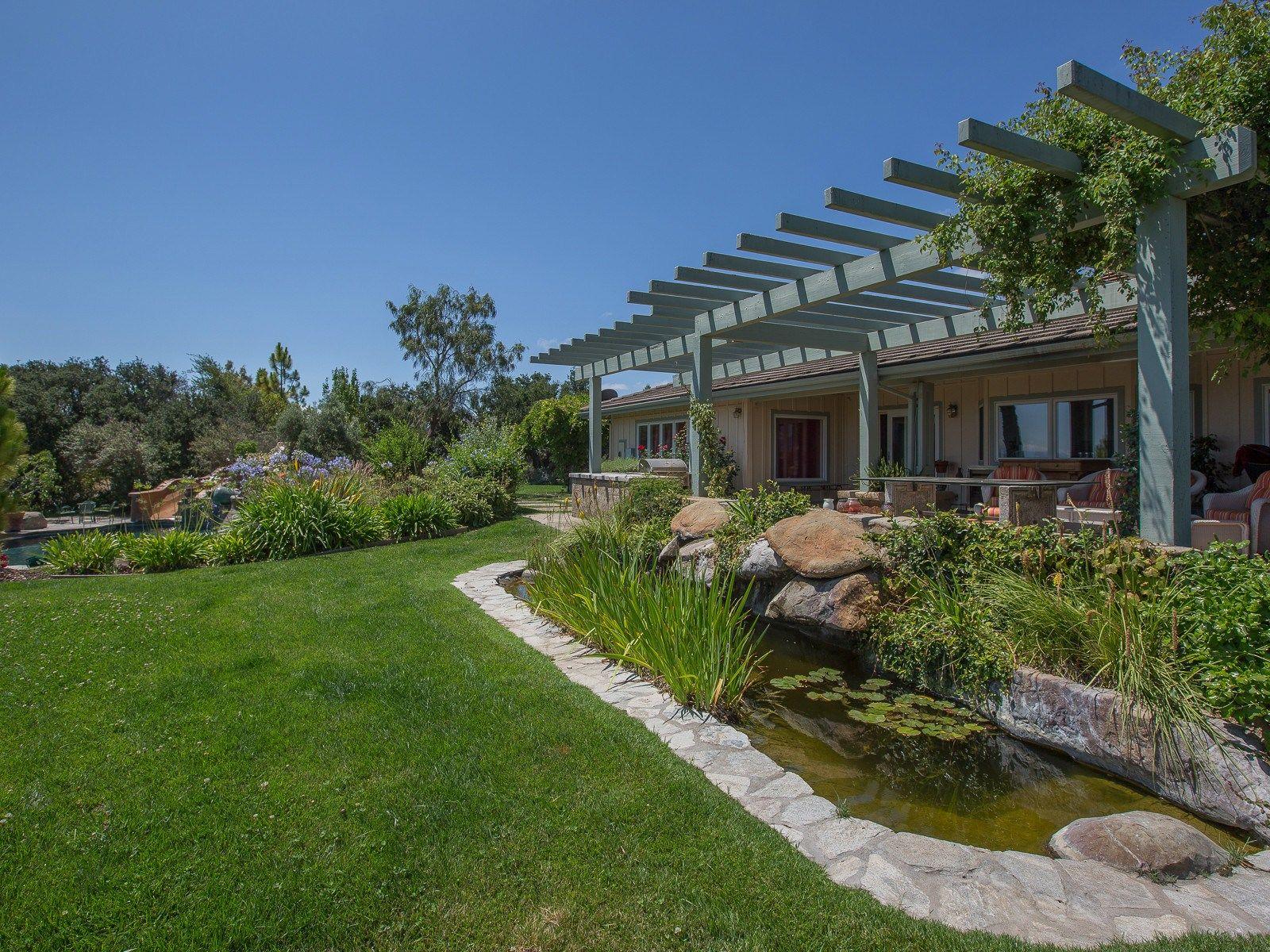 Oak Studded Ranch Estate