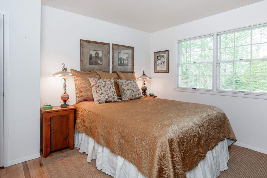 210 Treescape Drive East Hampton, NY 11937
