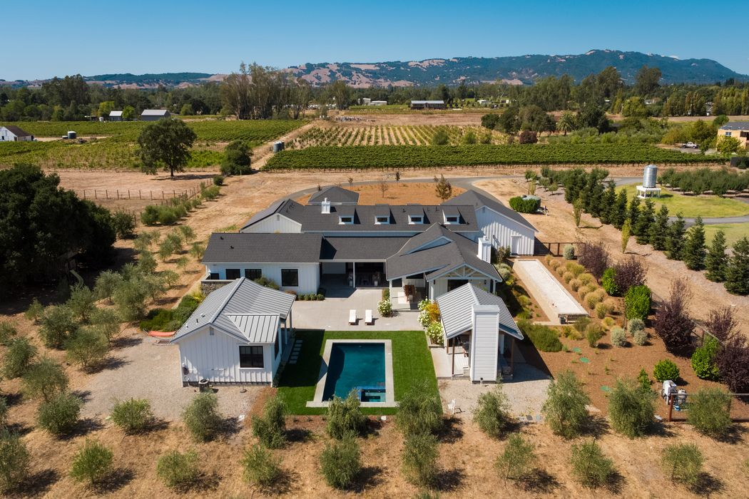 20376 Wolf Meadow Ln Sonoma, CA 95476