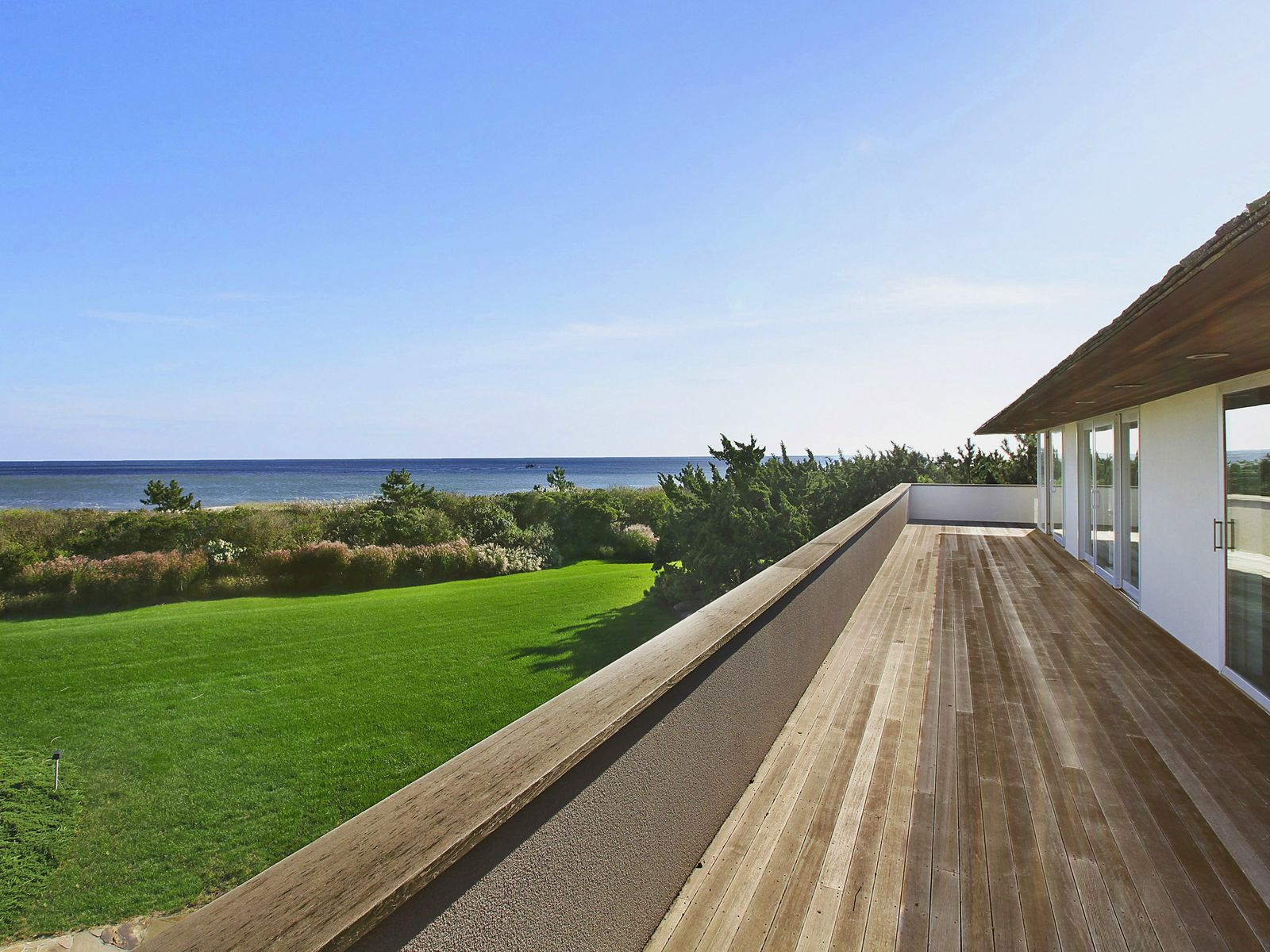 Estate Section Oceanfront