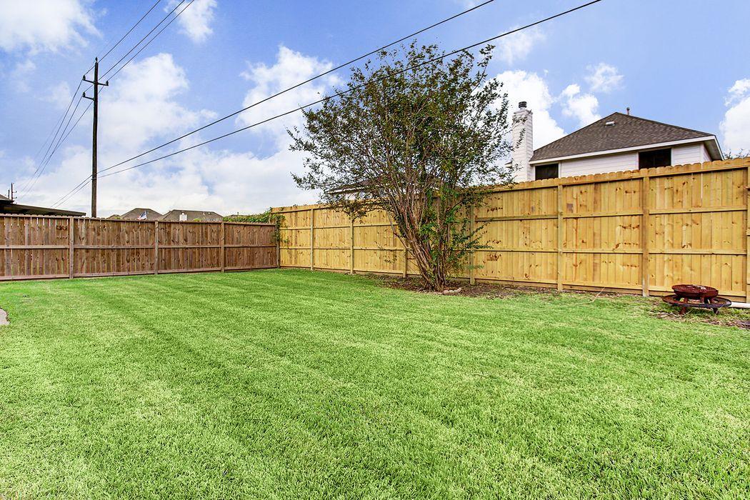 10523 Ravens Way Baytown, TX 77523