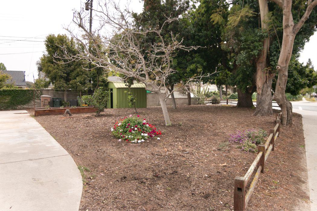 5214 Aurora Drive Ventura, CA 93003