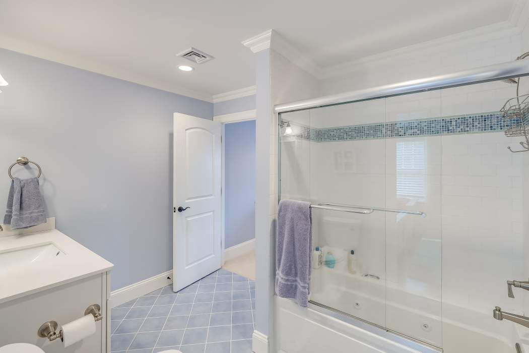 181 Seapuit Road Osterville, MA 02655