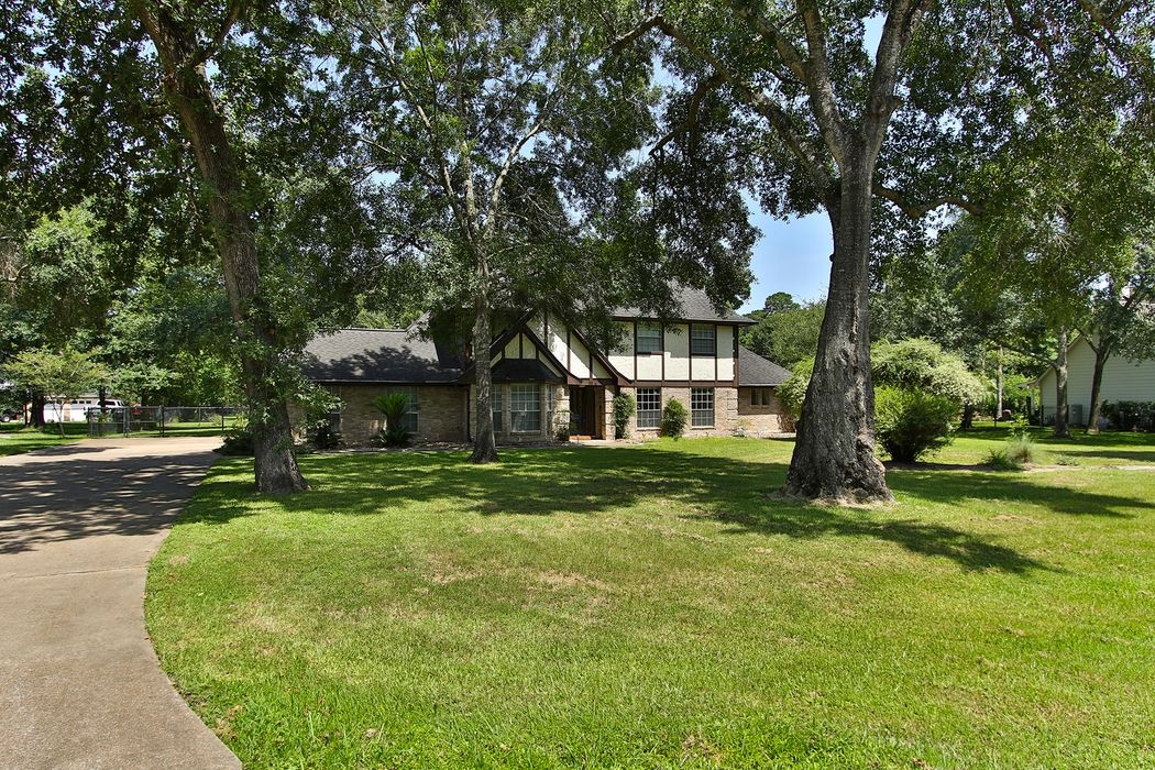 12722 Cypress Pass Loop W
