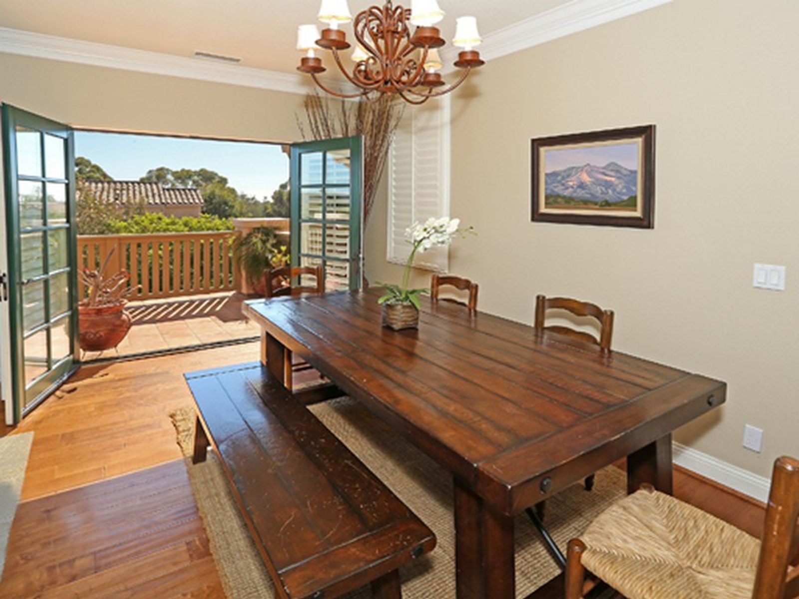 Stunning Four Bedroom Townhouse