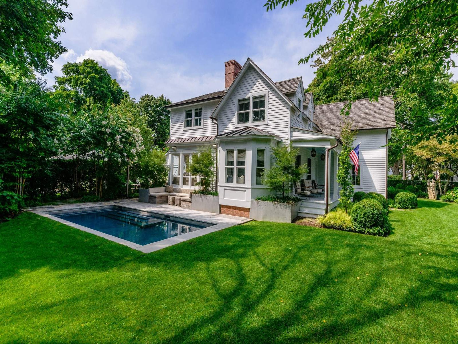 Sag Harbor Village, John Street Beauty, Sag Harbor NY Single Family Home - Hamptons Real Estate
