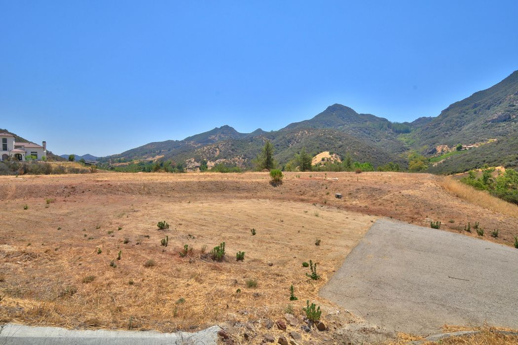 8 Acre Gated View Lot Agoura Ca 91301 Sotheby S