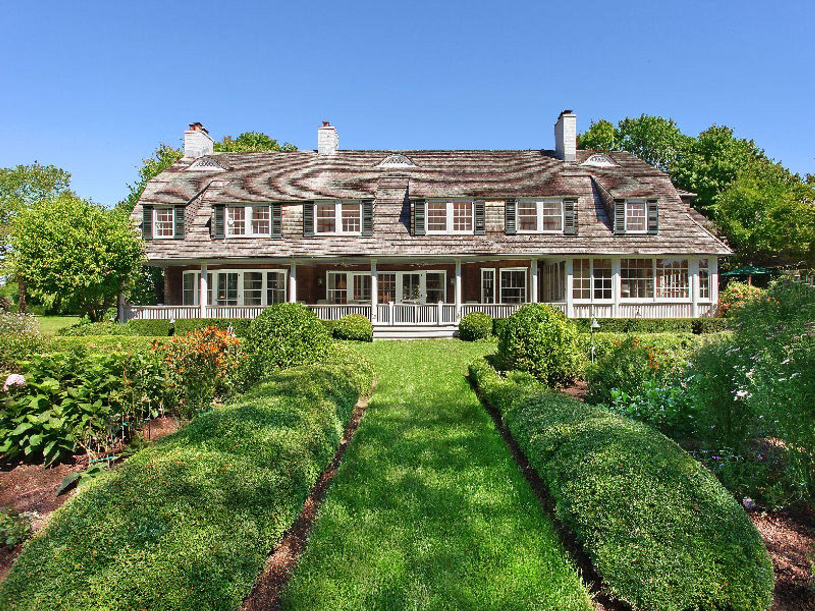 Historic treetops estate southampton ny single family for Hamptons house for sale