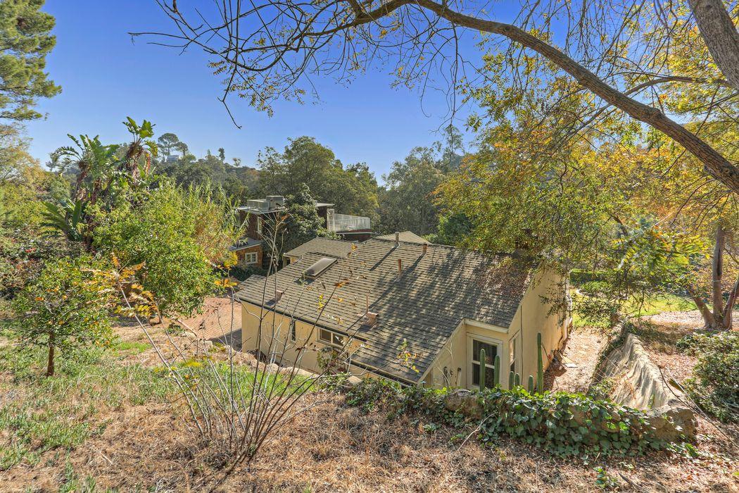8983 Wonderland Ave Los Angeles, CA 90046