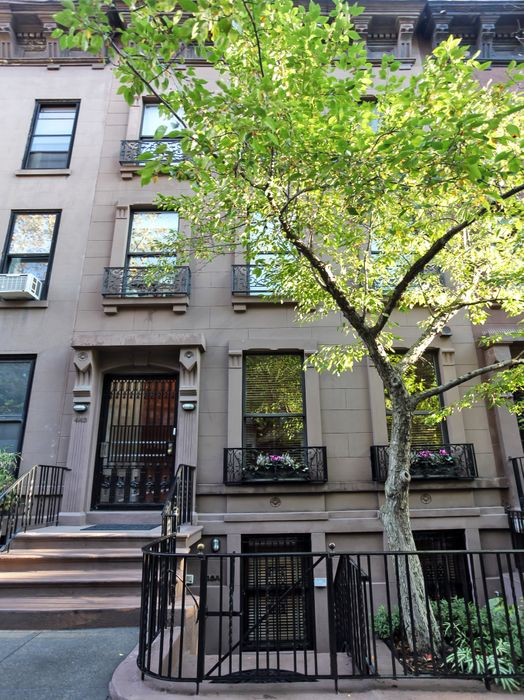 443 East 87th Street Townhouse