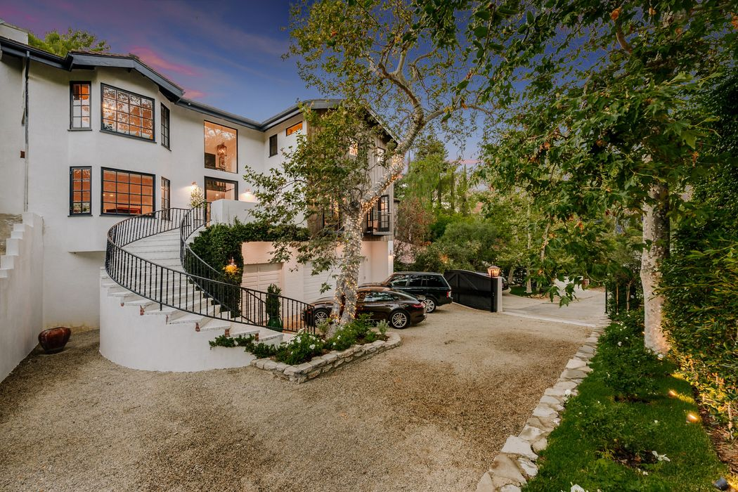 Rare Opportunity in Fryman Canyon