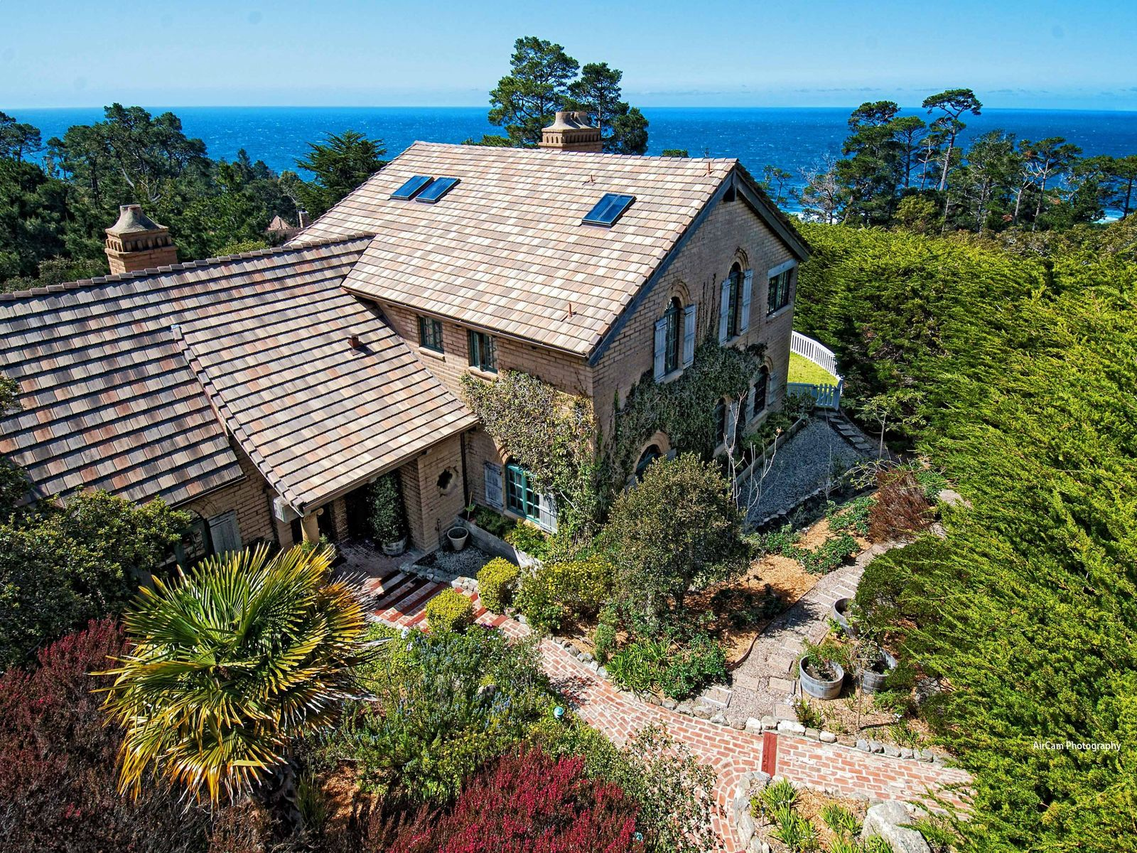 Carmel Highland's Hidden Estate