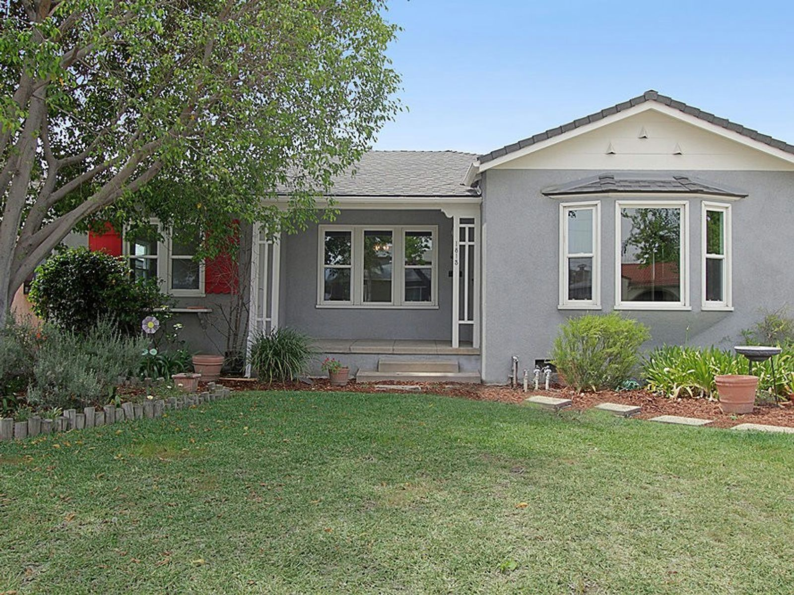 Updated Traditional, Alhambra CA Single Family Home - Pasadena Real Estate
