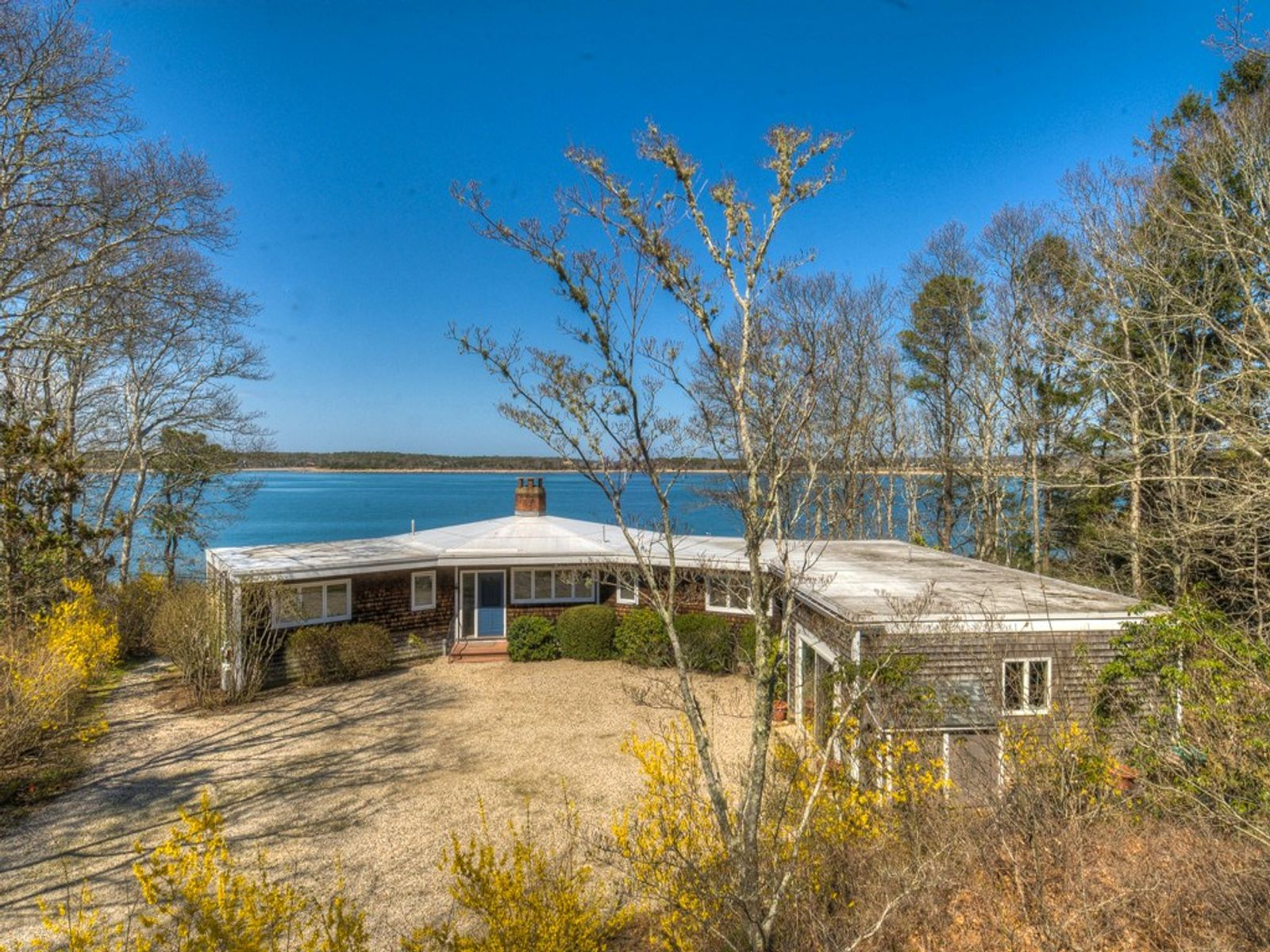 Scraggy Neck Waterfront Retreat, Cataumet MA Single Family Home - Cape Cod Real Estate