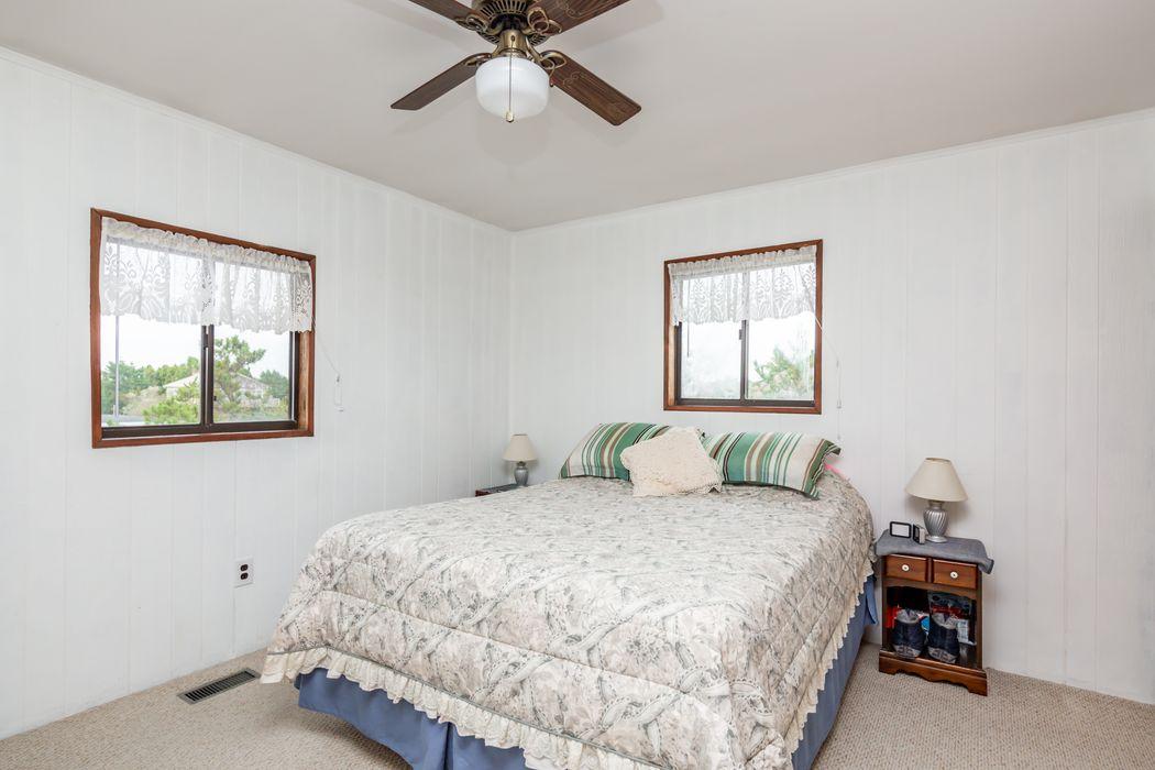 9 Shore Road Amagansett, NY 11930