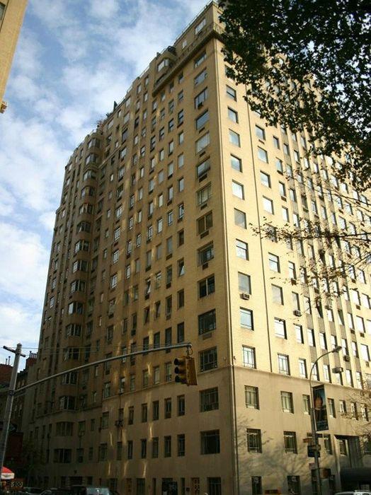 875 Fifth Ave Apt 18d New York Ny 10065 Sotheby S