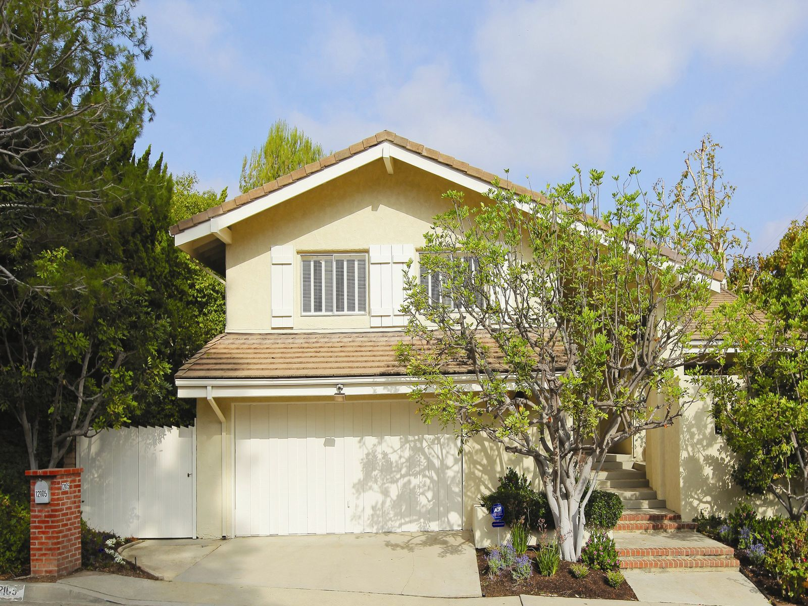 Brentwood Classic, Brentwood CA Single Family Home - Los Angeles Real Estate