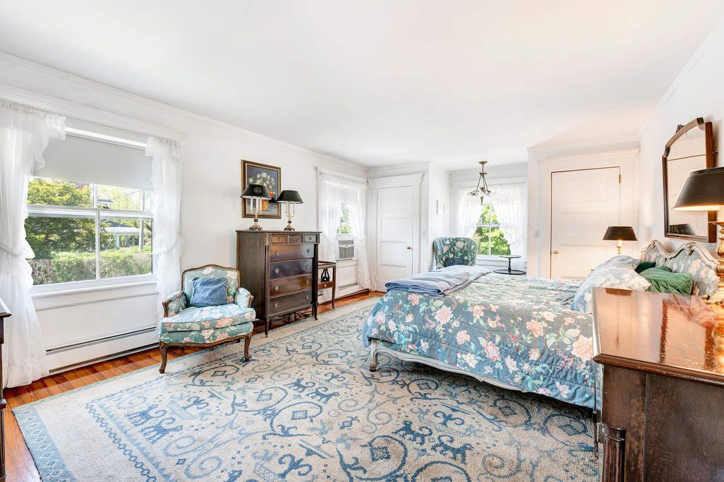 67 Beach Lane Westhampton Beach, NY 11978