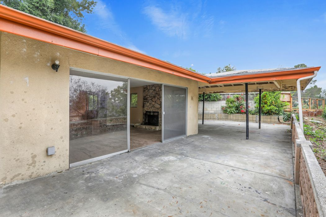1025 Oban Drive Los Angeles, CA 90065