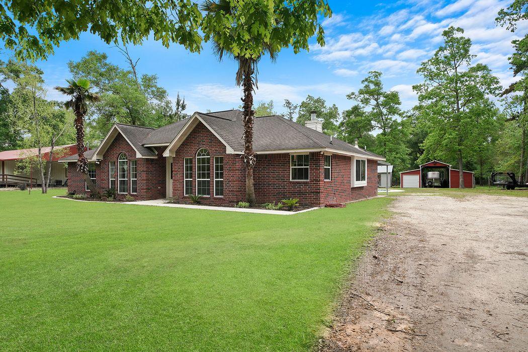 22061 Morgan Cemetery Road Cleveland, TX 77328