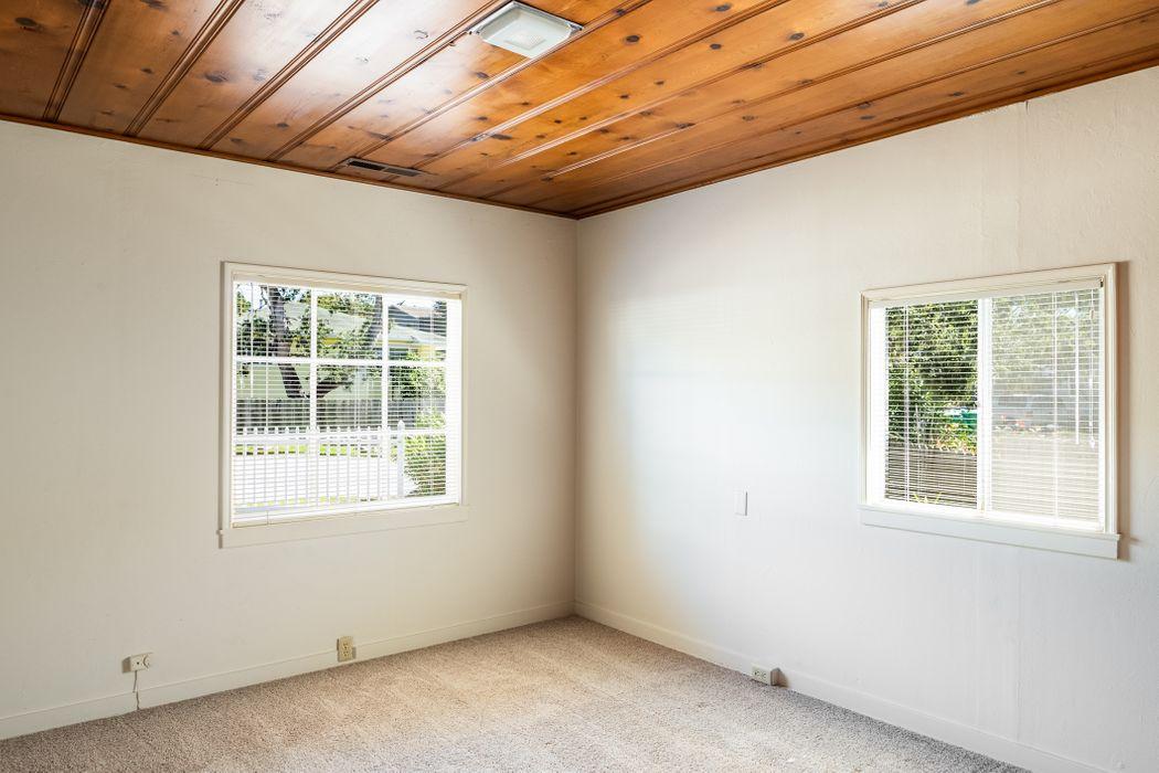 816 Walnut Street Pacific Grove, CA 93950
