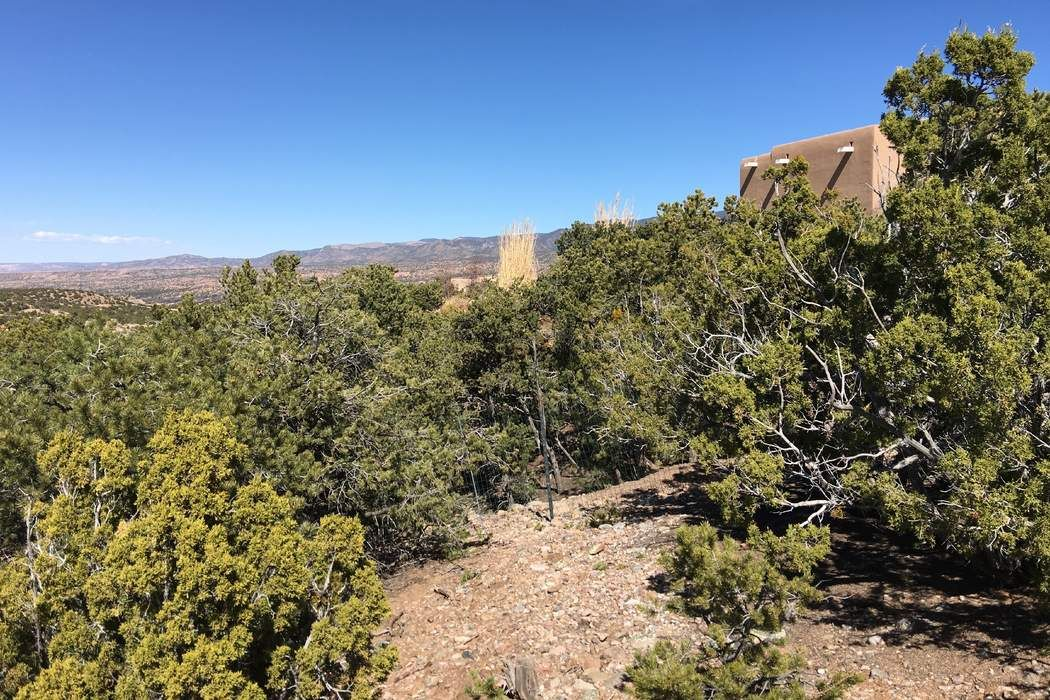 2955 Broken Sherd Trail Santa Fe, NM 87506