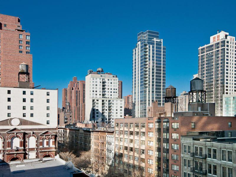 1725 York Avenue
